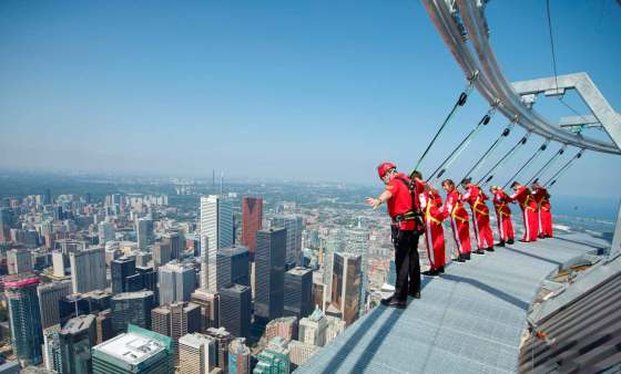 EdgeWalk-City-Side